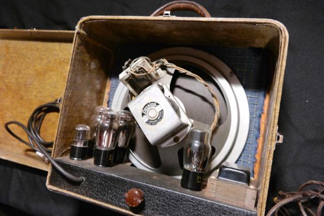 audiovox model 236 guitar amplifier 1937 tune your sound. Black Bedroom Furniture Sets. Home Design Ideas