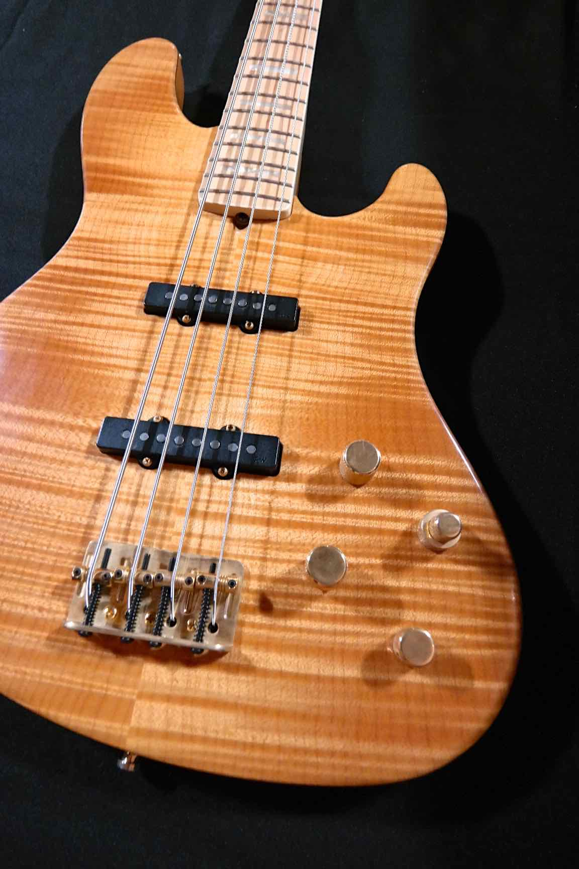 fender american deluxe jazz bass 4 string qmt rhonda smith tune your sound. Black Bedroom Furniture Sets. Home Design Ideas